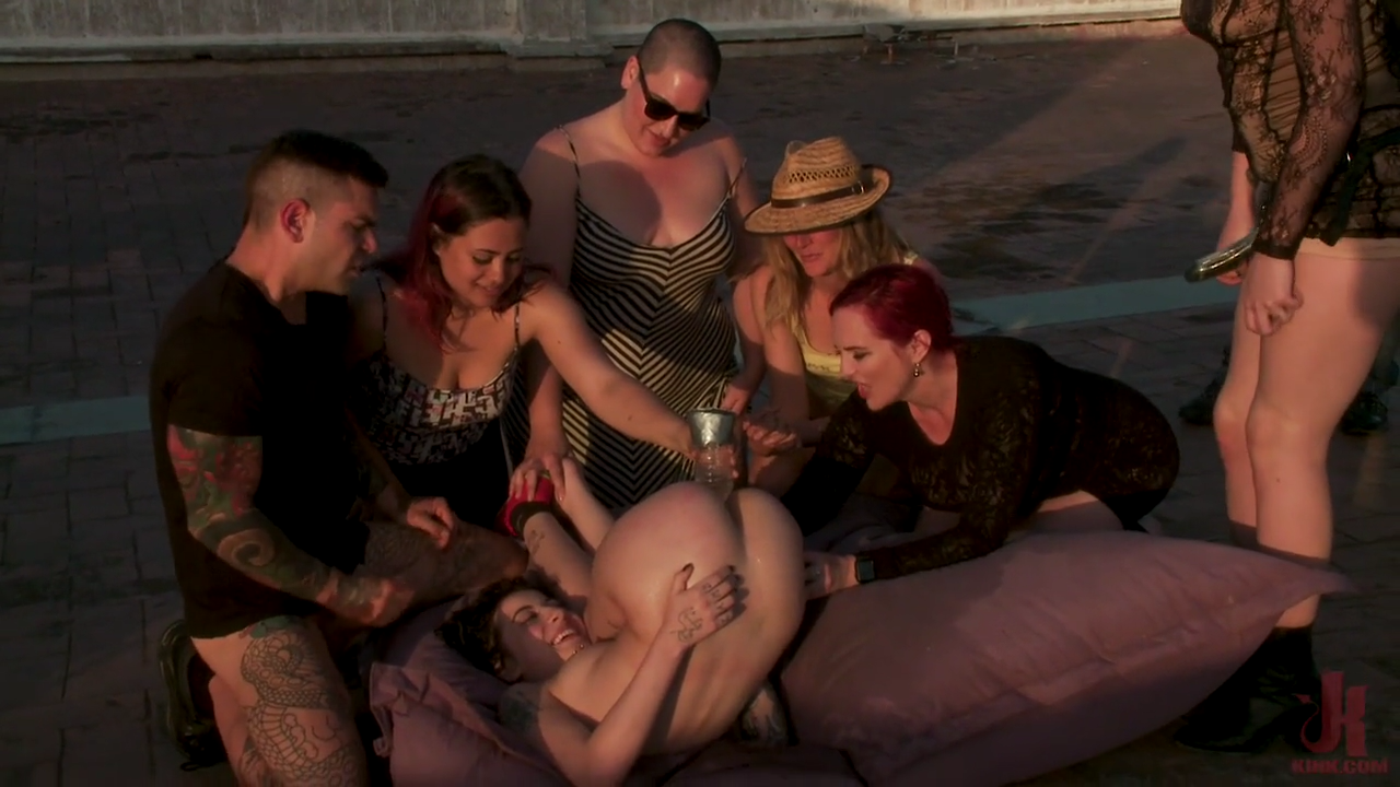 Public Disgrace Porn Tattooed Brunette BDSM Outdoors XXX